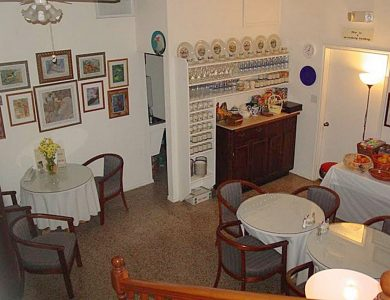Alamo-inn-breakfast_room