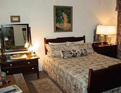 Alamo_inn-room