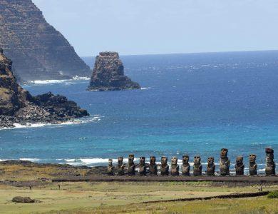 Easter_Moai2