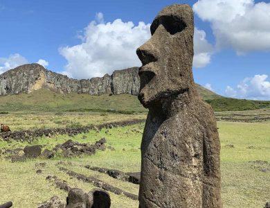 Easter_Traveling Moai