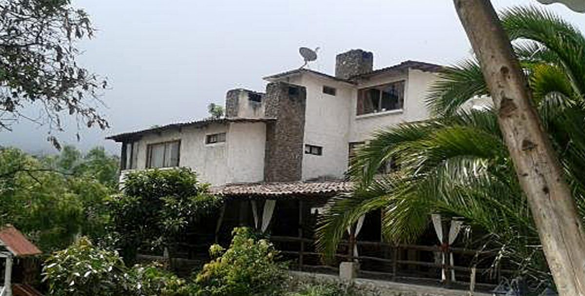 Las Cumbres - Click here for more info