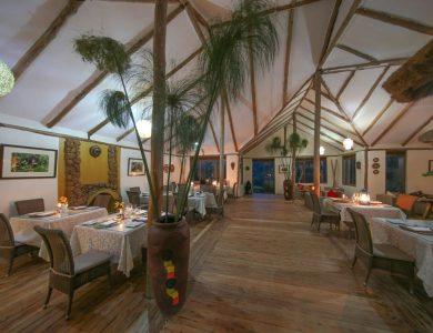 Gorilla Safari Lodge - Dining area