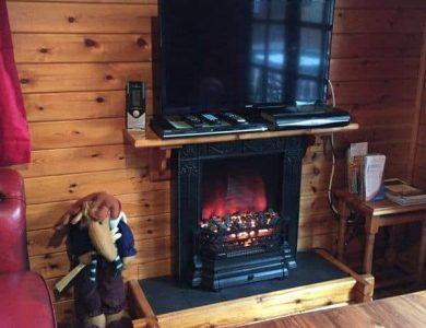 Lurchers Cabin lounge
