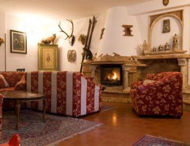 Albergo Paradiso-sitting-area