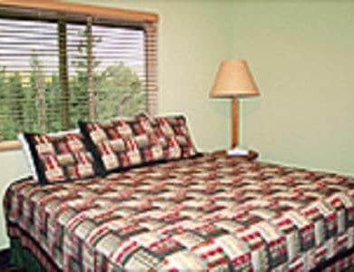 Montecito Sequoia Lodge - inside-one-of-the-rooms