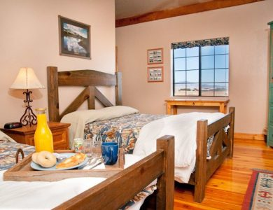 mountain-view-room-upstairs-l