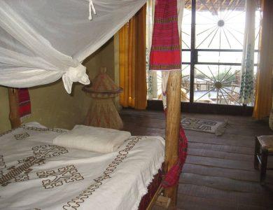 Babogaya Lake Viewpoint Lodge one-of-the-bedrooms