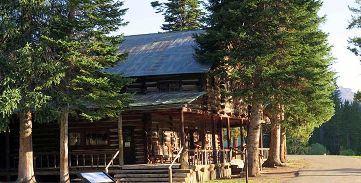 Pahaska Tepee Resort - Click here for more info
