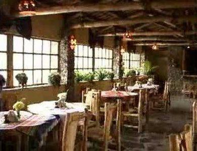 Las Cumbres Hotel restaurant