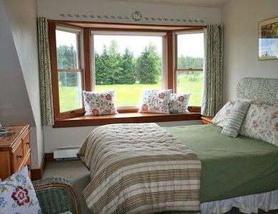 Gustavus Inn swallows-nest-room