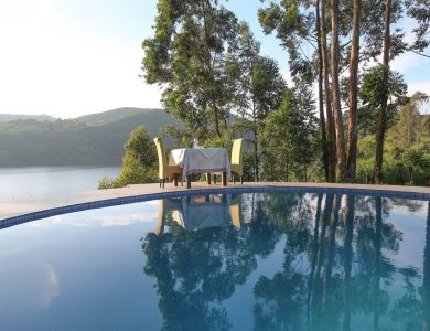 Crater Safari Lodge - Swimming pool